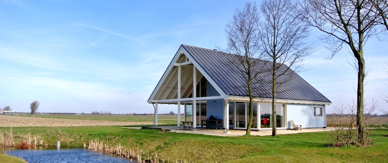 Finnhouse natuurlijk wonen in hout for Goedkoop huis laten bouwen