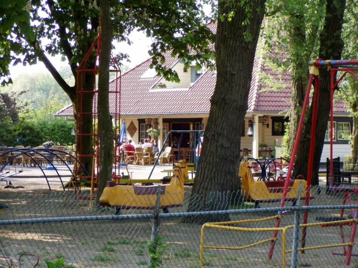 Houten Clubhuis Finnhouse 2656