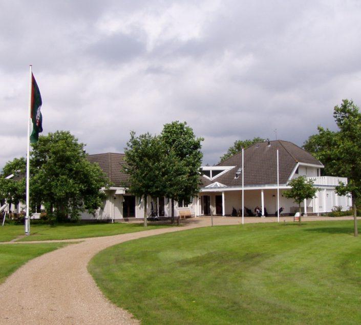 Houten Clubhuis FInnhouse 2978
