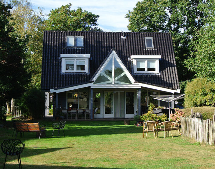 logbouw 3782 Bergen NH Finnhouse